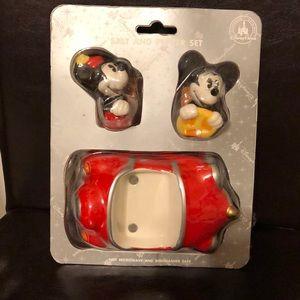 Mickey & Minnie ceramic salt and pepper set
